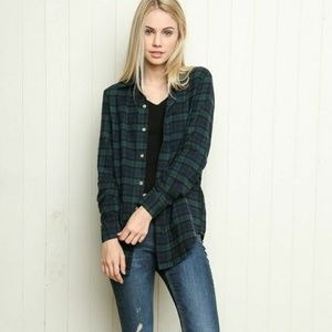 Brandy Melville Green and Blue Wylie Flannel